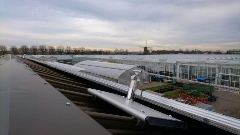 kabelsysteem op schuin dak tuinbouw