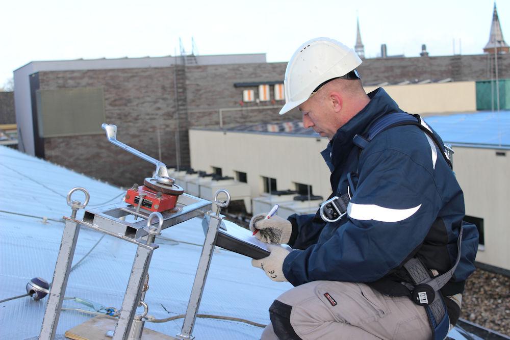 Inspectie/ keuring belangrijk voor garantie valbeveiliging.